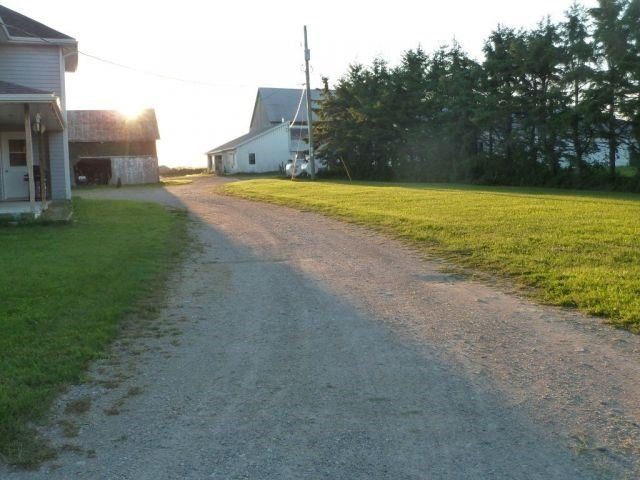 Farm at 492042 Armstrong Beauchamp Rd, Timiskaming Remote Area, Ontario. Image 8