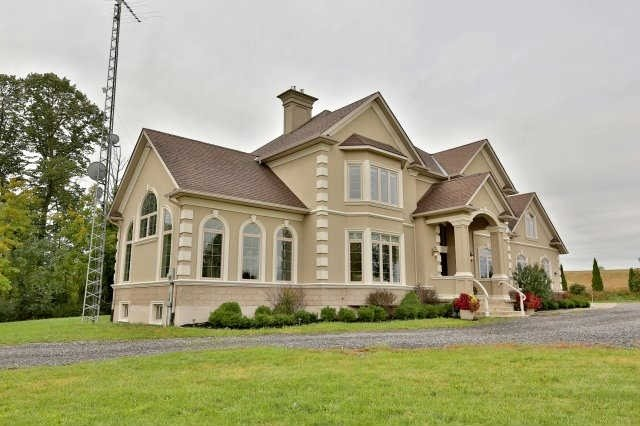 Detached at 134 Pottruff Rd, Brant, Ontario. Image 14