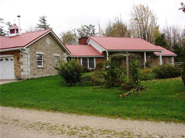 Detached at 1210 Sideroad 15, Kincardine, Ontario. Image 5