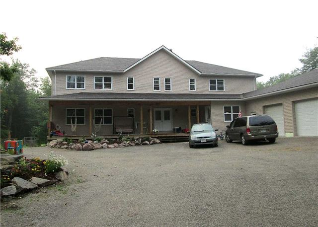 Rural Residence at 3087 Green River Dr, Severn, Ontario. Image 1