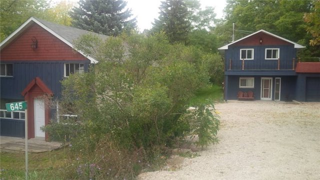 Detached at 645 Mountain Rd, Collingwood, Ontario. Image 1
