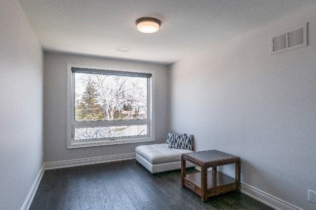 Detached at 119 Schoolhouse Crt, Blue Mountains, Ontario. Image 8