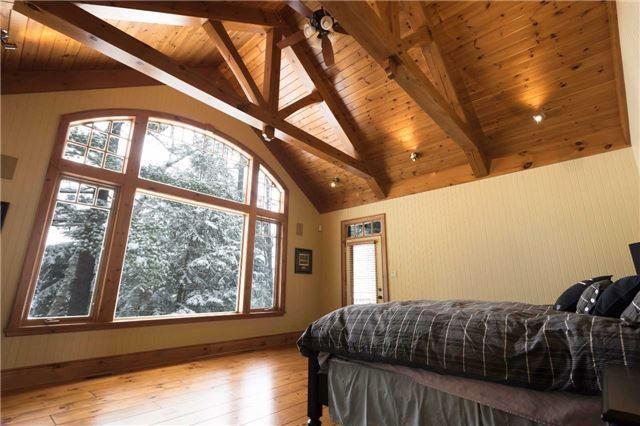 Cottage at 1023 Heather Lodge Rd, Muskoka Lakes, Ontario. Image 3