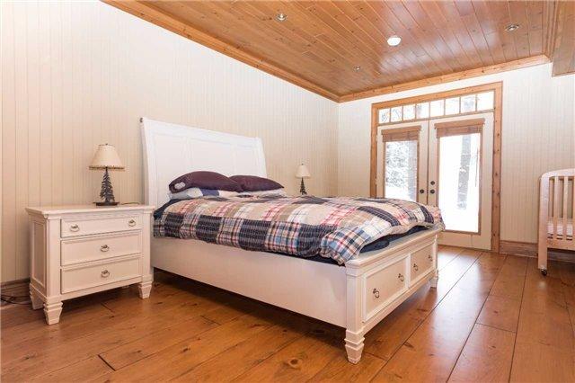 Cottage at 1023 Heather Lodge Rd, Muskoka Lakes, Ontario. Image 6