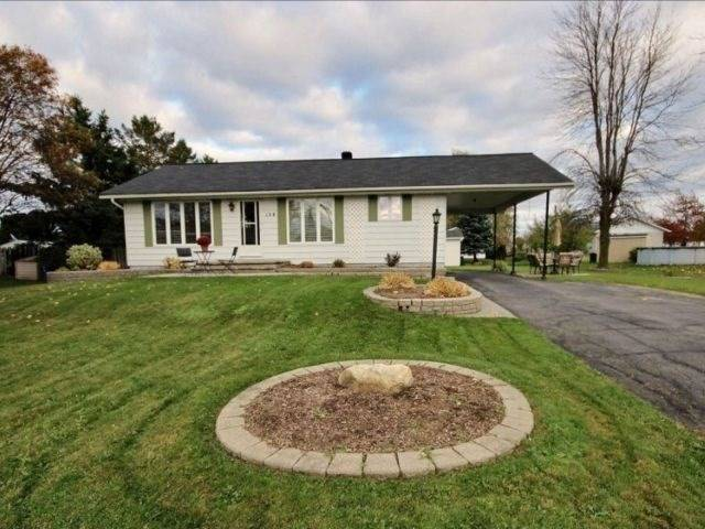 Detached at 154 Caledonia Rd, Nation, Ontario. Image 1