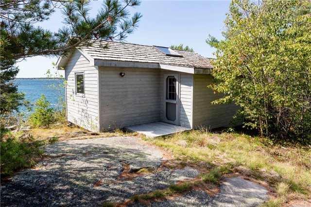 Cottage at 393C(S) Trim Tree Island (S), The Archipelago, Ontario. Image 4