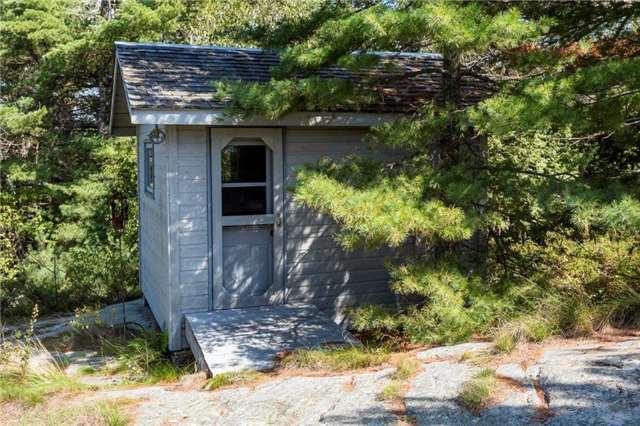 Cottage at 393C(S) Trim Tree Island (S), The Archipelago, Ontario. Image 6