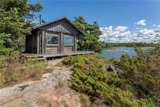 Cottage at 393C(S) Trim Tree Island (S), The Archipelago, Ontario. Image 7