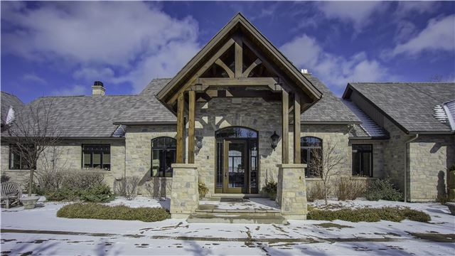 Detached at 164 Arrowhead Rd, Blue Mountains, Ontario. Image 12