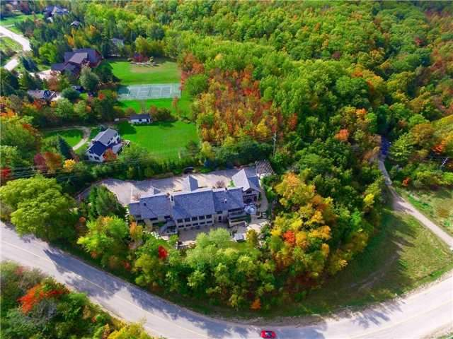Detached at 164 Arrowhead Rd, Blue Mountains, Ontario. Image 13