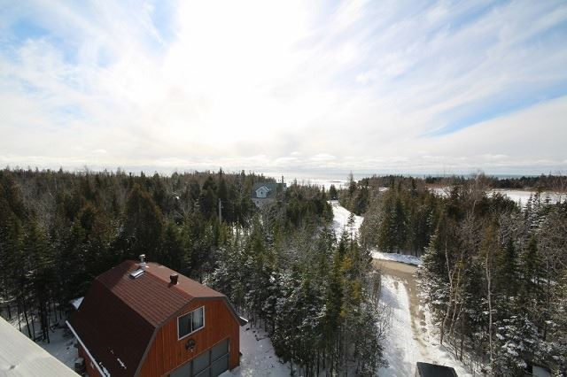 Detached at 38 Devils Glen Rd, Northern Bruce Peninsula, Ontario. Image 4