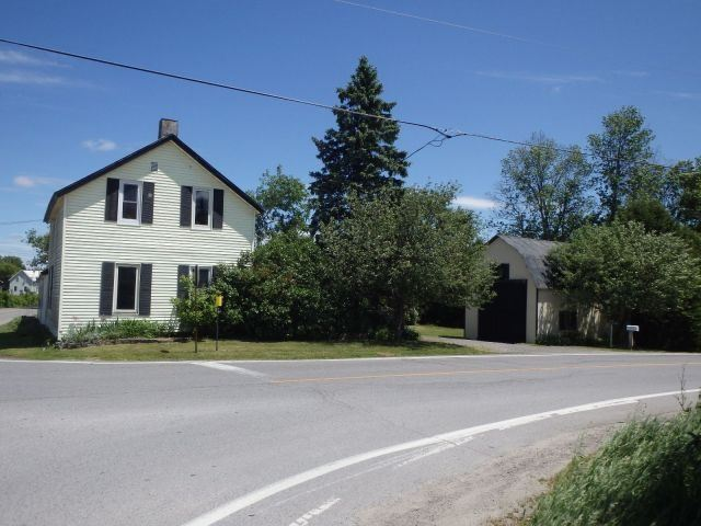 Detached at 6556 Martin St N, Mississippi Mills, Ontario. Image 1