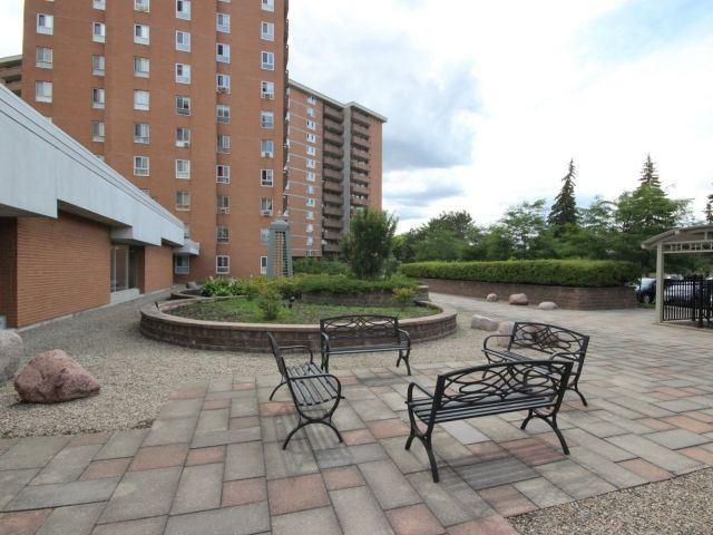 Condo Apartment at 2020 Jasmine Cres, Unit 106, Ottawa, Ontario. Image 14