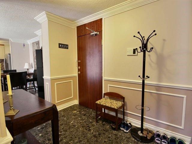 Condo Apartment at 2020 Jasmine Cres, Unit 106, Ottawa, Ontario. Image 2