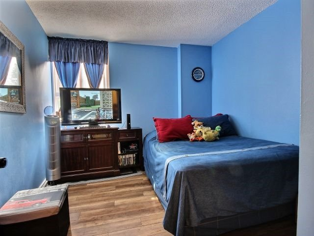 Condo Apartment at 2020 Jasmine Cres, Unit 106, Ottawa, Ontario. Image 6