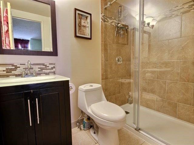 Condo Apartment at 2020 Jasmine Cres, Unit 106, Ottawa, Ontario. Image 8