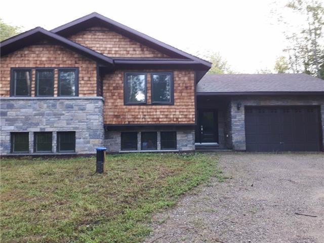 Detached at 34 Gleason Lane, Laurentian Hills, Ontario. Image 1