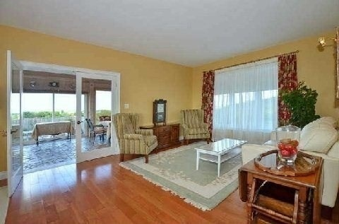 Detached at 087171 7 Sdrd, Meaford, Ontario. Image 12