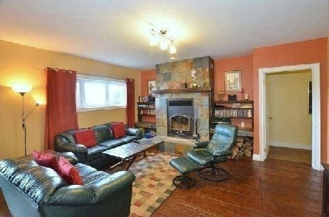 Detached at 087171 7 Sdrd, Meaford, Ontario. Image 15