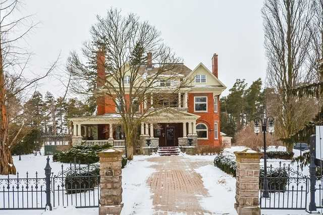 Detached at 16 Isabella St, Woolwich, Ontario. Image 1