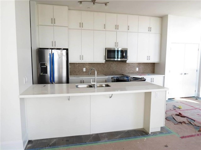 Condo Apartment at 111 Worsley St, Unit Gph5, Barrie, Ontario. Image 5
