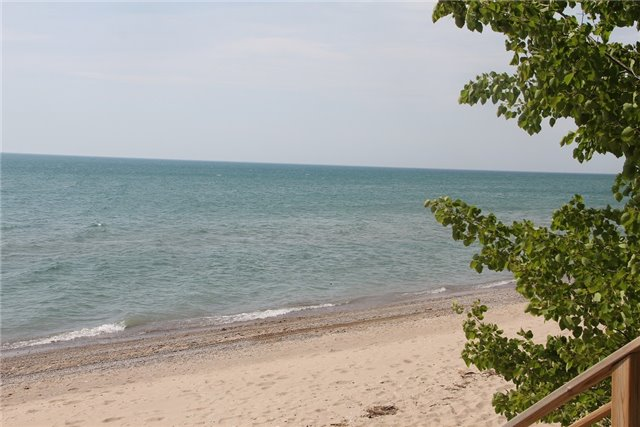 Detached at 82681 Evelyn St, Ashfield-Colborne-Wawanosh, Ontario. Image 11