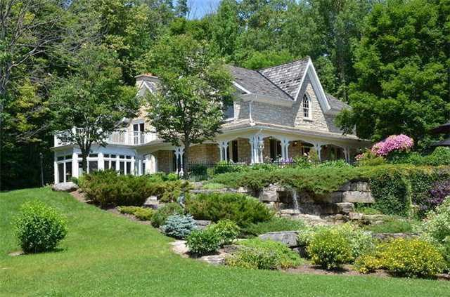 Detached at 8438 County Road 9 W, Clearview, Ontario. Image 3