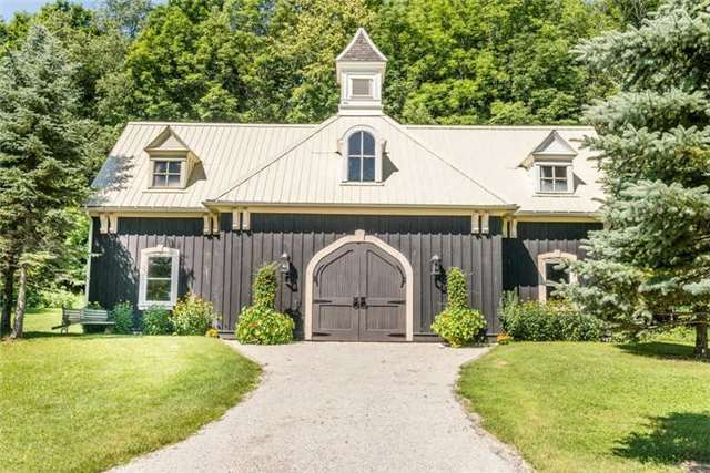 Detached at 8438 County Road 9 W, Clearview, Ontario. Image 10