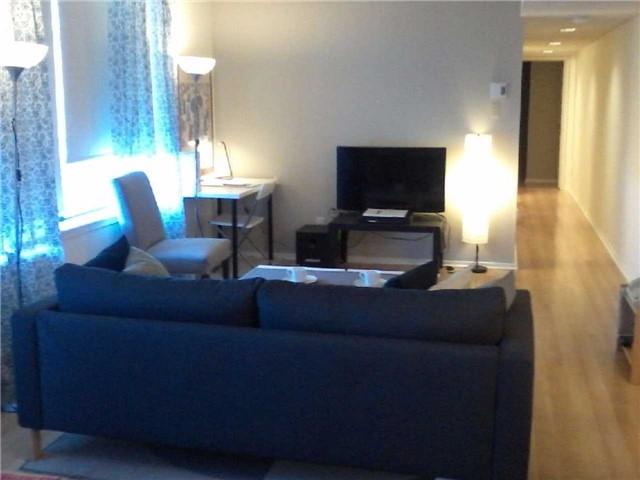 Condo Apartment at 470 Laurier Ave W, Unit 2309, Ottawa, Ontario. Image 3