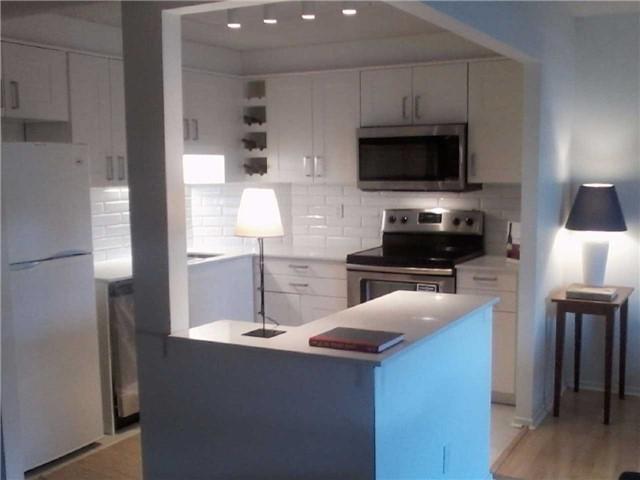 Condo Apartment at 470 Laurier Ave W, Unit 2309, Ottawa, Ontario. Image 11