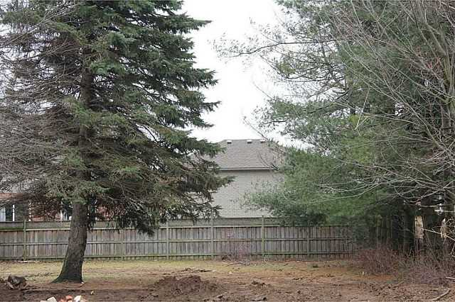 Vacant Land at 522 Jerseyville Rd W, Hamilton, Ontario. Image 1