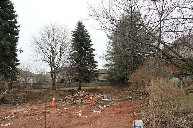 Vacant Land at 522 Jerseyville Rd W, Hamilton, Ontario. Image 3