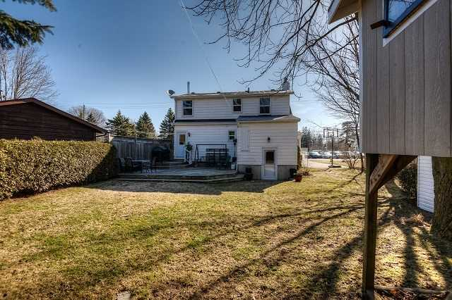 Detached at 30 Northside Dr, Woolwich, Ontario. Image 13
