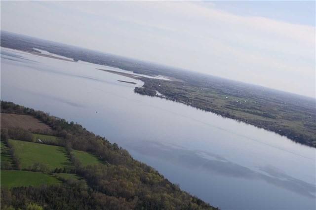 Farm at 740 Sturgeon Pt. Rd, Kawartha Lakes, Ontario. Image 2