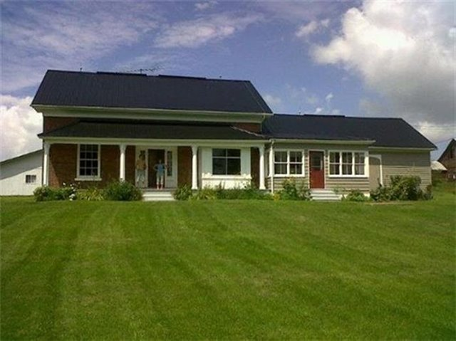 Detached at 14900 Loyalist Pkwy N, Prince Edward County, Ontario. Image 1