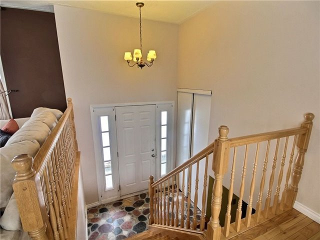 Detached at 2098 Paul Dr, Clarence-Rockland, Ontario. Image 11