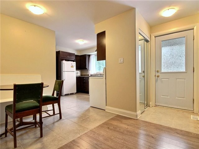 Detached at 4614 Donnelly Dr, Ottawa, Ontario. Image 2