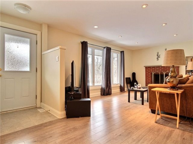 Detached at 4614 Donnelly Dr, Ottawa, Ontario. Image 3
