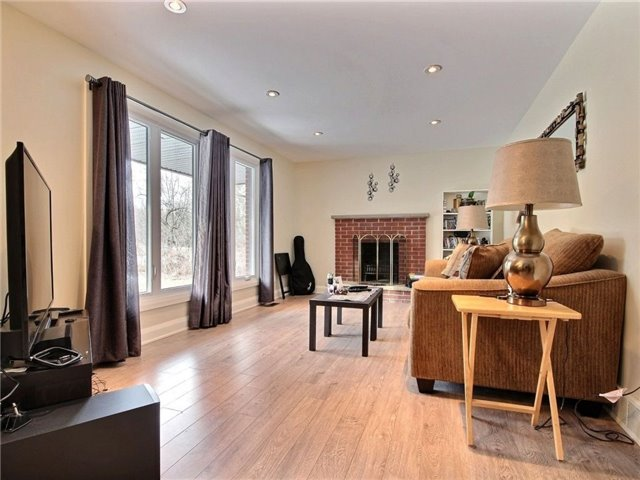 Detached at 4614 Donnelly Dr, Ottawa, Ontario. Image 4