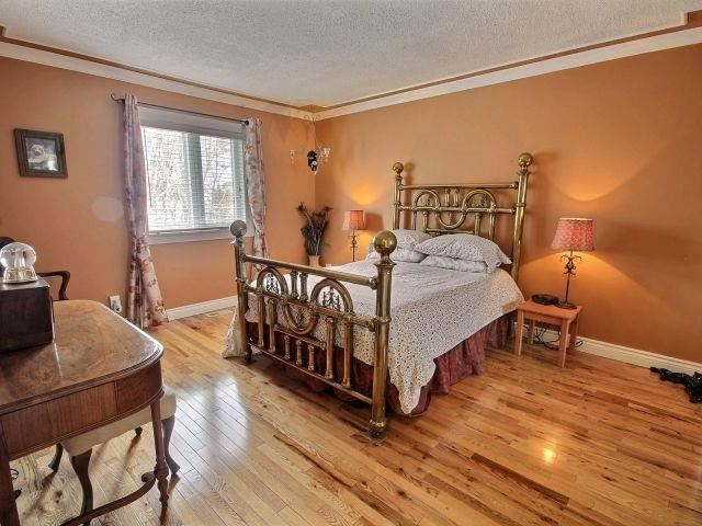 Detached at 478 Yves St, Clarence-Rockland, Ontario. Image 2