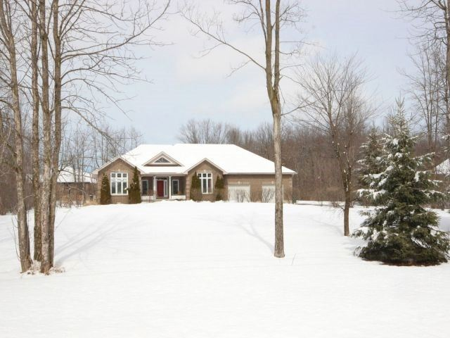 Detached at 6171 Elkwood Dr, Ottawa, Ontario. Image 1