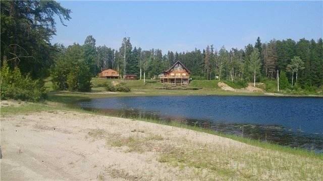 Detached at 4383 Highway 11, Greenstone, Ontario. Image 10