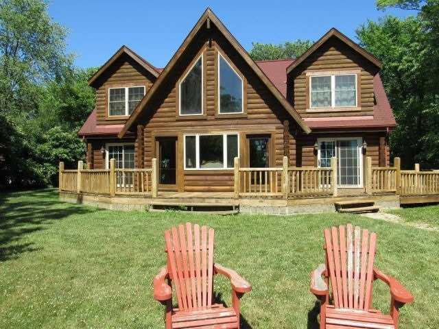 Cottage at 66 Sheridan Rd, Pelee, Ontario. Image 1