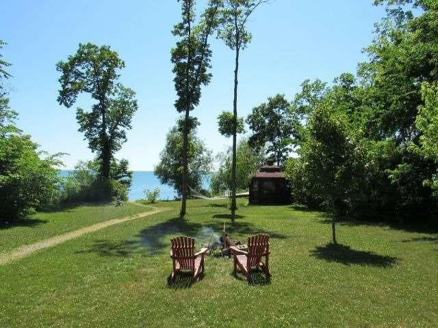 Cottage at 66 Sheridan Rd, Pelee, Ontario. Image 8