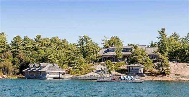 Cottage at Pt 1 Pavis Island, Georgian Bay, Ontario. Image 14