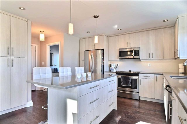 Detached at 477 Tuscany Dr, Out of Area, Ontario. Image 3