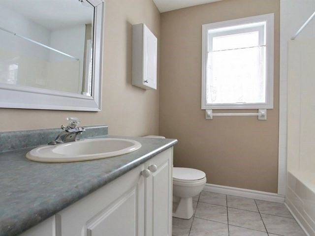 Condo Apartment at 75 Lapointe Blvd, Unit 5A, Russell, Ontario. Image 9