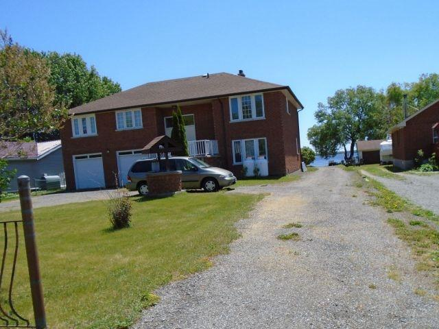 Detached at 132 Hiscock Shores Rd, Prince Edward County, Ontario. Image 8