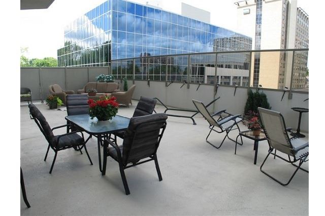 Condo Apartment at 250 Pall Mall St, Unit 408, London, Ontario. Image 14
