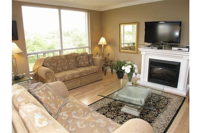 Condo Apartment at 250 Pall Mall St, Unit 408, London, Ontario. Image 19
